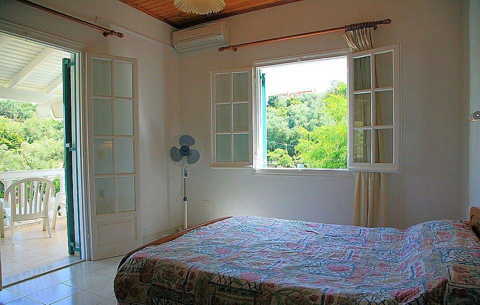 Снять комнату в греции сдам квартиры в дубай